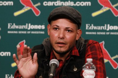 St. Louis Cardinals C Yadier Molina agrees to 3-year contract extension
