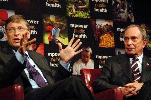 Bloomberg, Gates: $500M to combat smoking