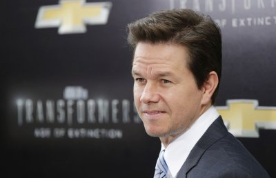 Mark Wahlberg to star in oil rig explosion drama 'Deepwater Horizon'