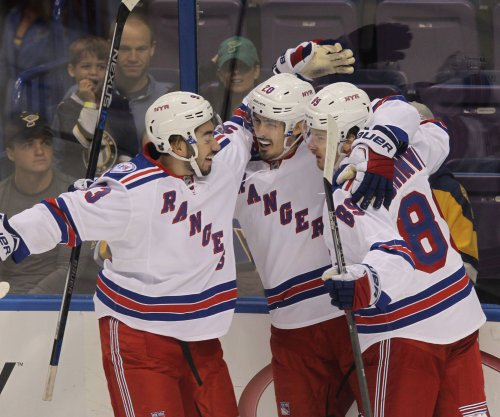 New York Rangers jolt Tampa Bay Lightning 1-0 in OT