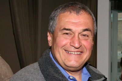 Lobbyist Tony Podesta steps down amid Mueller probe