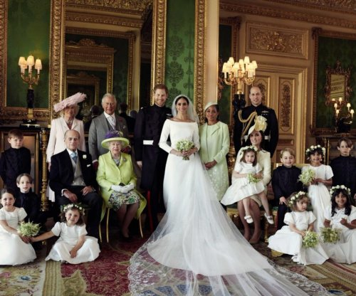 Prince Harry, Meghan Markle release official wedding photos