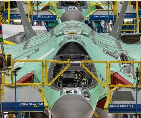 F-35 costs, testing issues under fire as full-rate production decision nears