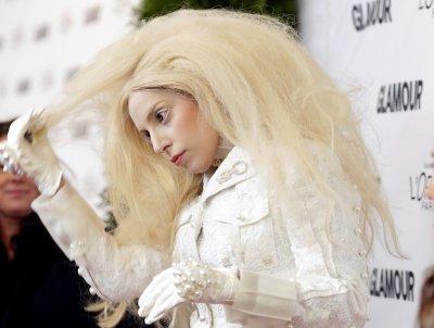 'ARTPOP' tops U.S. album chart