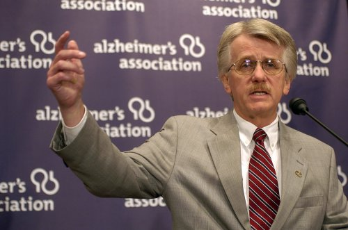 Patients who report memory impairment more likely to later be diagnosed with Alzheimer's