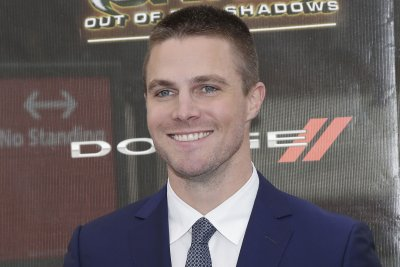 Stephen Amell, Will Arnett and Alessandra Ambrosio attend 'Teenage Mutant Ninja Turtles' premiere