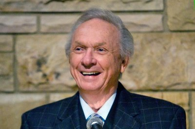 Mel Tillis, country music star and Hall of Famer dead at 85