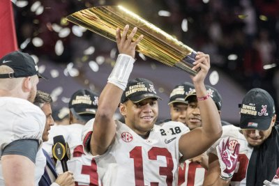 Alabama Crimson Tide QB Tua Tagovailoa planned to transfer