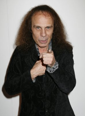Rocker Ronnie James Dio dead at 67