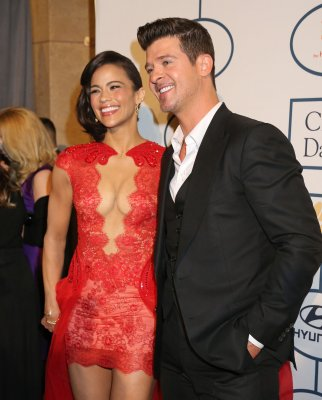 Robin Thicke lists LA home for sale, admits his marriage is over