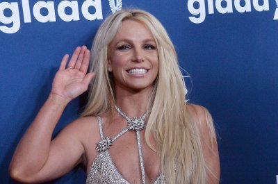 Britney Spears, Jim Parsons honored at GLAAD Media Awards