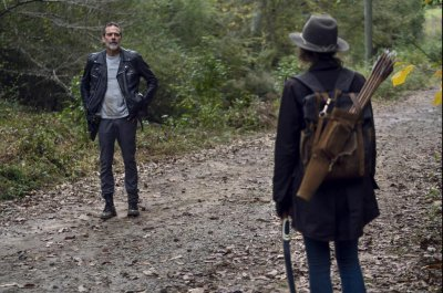 'Walking Dead' teaser, photos show more confrontations to come