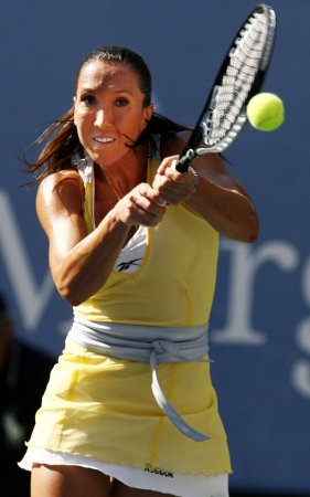 Jankovic wins in China Open second round