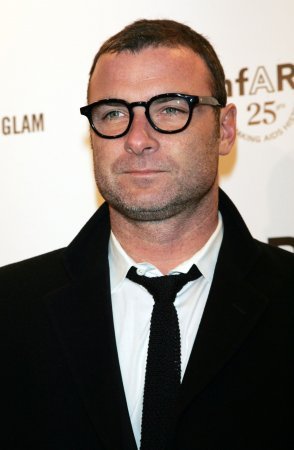 Liev Schreiber to star in Showtime pilot