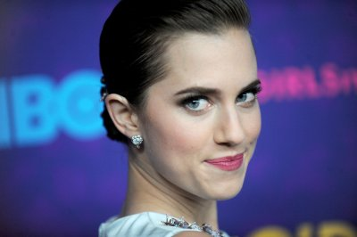 Allison Williams to star as Peter Pan in NBC's live musical
