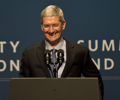 Tim Cook to give his fortune to charity