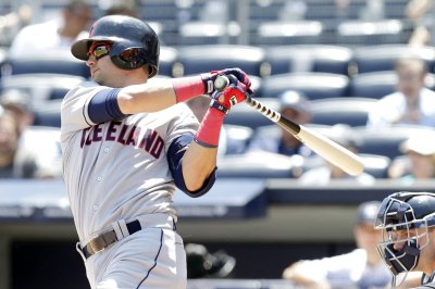 Cleveland Indians deal Michael Bourn, Nick Swisher to Atlanta Braves