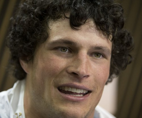 Carolina Panthers' Luke Kuechly will sit out final game