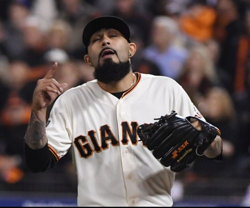 Los Angeles Dodgers strike deal with Sergio Romo