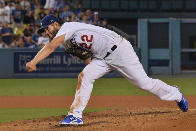 Los Angeles Dodgers turn to Clayton Kershaw with 1st place on line