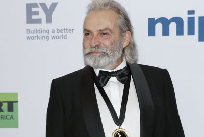 Haluk Bilginer, Marina Gera take top acting honors at the International Emmys