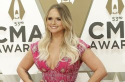 Miranda Lambert to release 'The Marfa Tapes' album in May