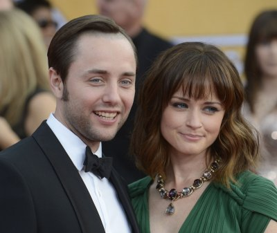 Alexis Bledel, Vincent Kartheiser secretly married in June