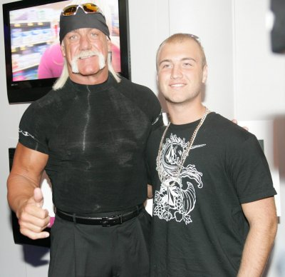 Hulk Hogan's son, Nick, becomes first male victim of celebrity nude photo leak