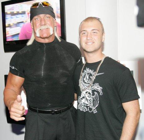 Hulk Hogan's son, Nick, becomes first male victim of celebrity nude photo leak