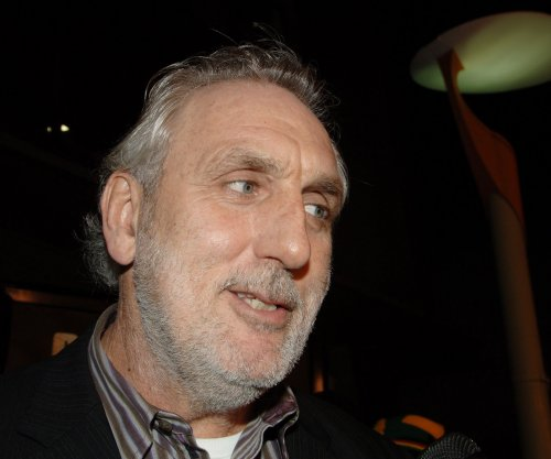 Phillip Noyce, Thomas Carter to direct episodes of 'Roots' remake