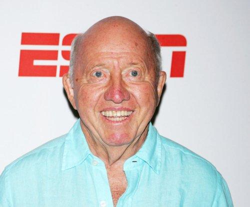Bud Collins, tennis sportscaster, dies at 86