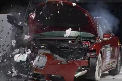 Just 15 vehicles met tougher criteria for 2018 IIHS safety picks
