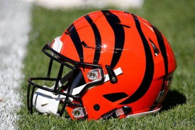 Bengals lose rookie G Taylor to knee injury