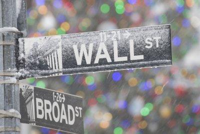 S&P 500 falls as Tesla drops 6% in debut