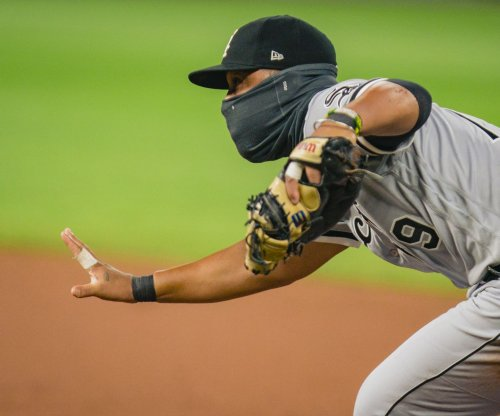 Chicago White Sox star Jose Abreu tests positive for COVID-19