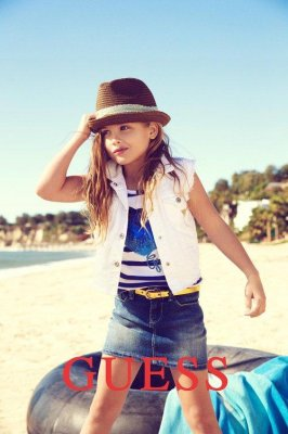 Anna Nicole's daughter models for Guess
