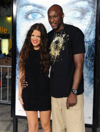 Lamar Odom reportedly sending Khloe Kardashian weekly flowers