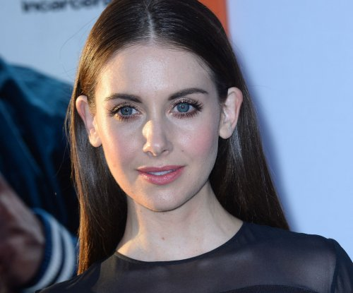Alison Brie, Dave Franco reportedly engaged