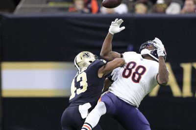 Chicago Bears expected to cut TE Dion Sims