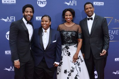 Denzel Washington receives AFI Life Achievement Award