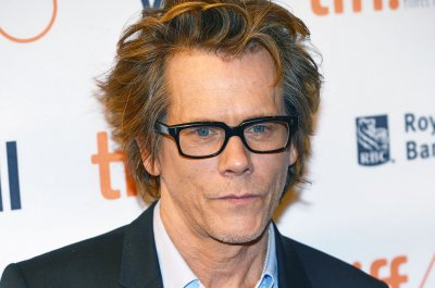 Showtime renews Kevin Bacon's 'City on a Hill' for Season 2