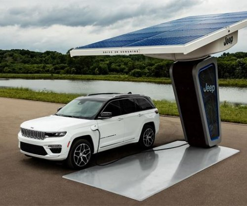 Automaker Stellantis partners with South Korean battery makers