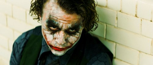 Ledger wins Oscar for 'Dark Knight'