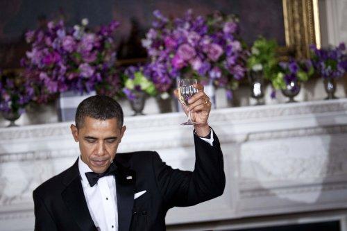 Farrakhan: Racial hatred threatens Obama