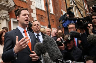 Clegg: Energy, climate to top Indian agenda