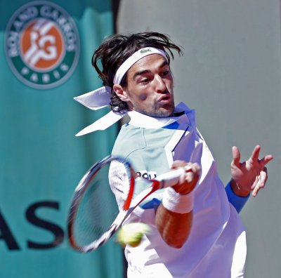 Chardy takes Mercedes Cup title in Germany