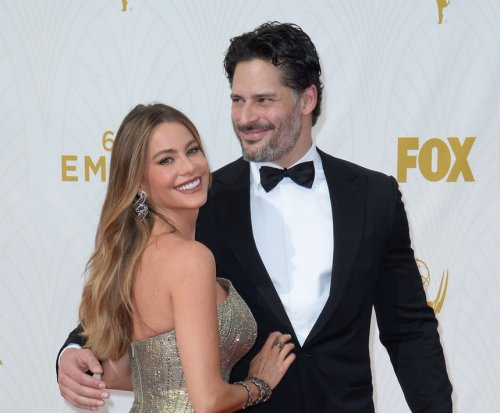 Sofia Vergara confirms wedding date to Joe Manganiello