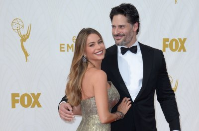 Sofia Vergara confirms wedding date to Joe Manganiello