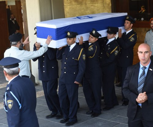Hundreds pay final respects to Israel's Shimon Peres