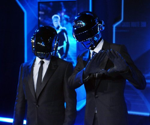 Daft Punk to perform with The Weeknd at 59th Grammy Awards